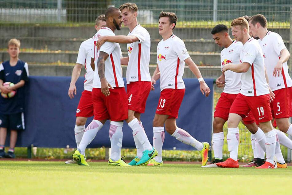 Die Amateure von RB Leipzig verloren überraschend mit 1:4 gegen den Tabellenletzten TSG Neustrelitz.