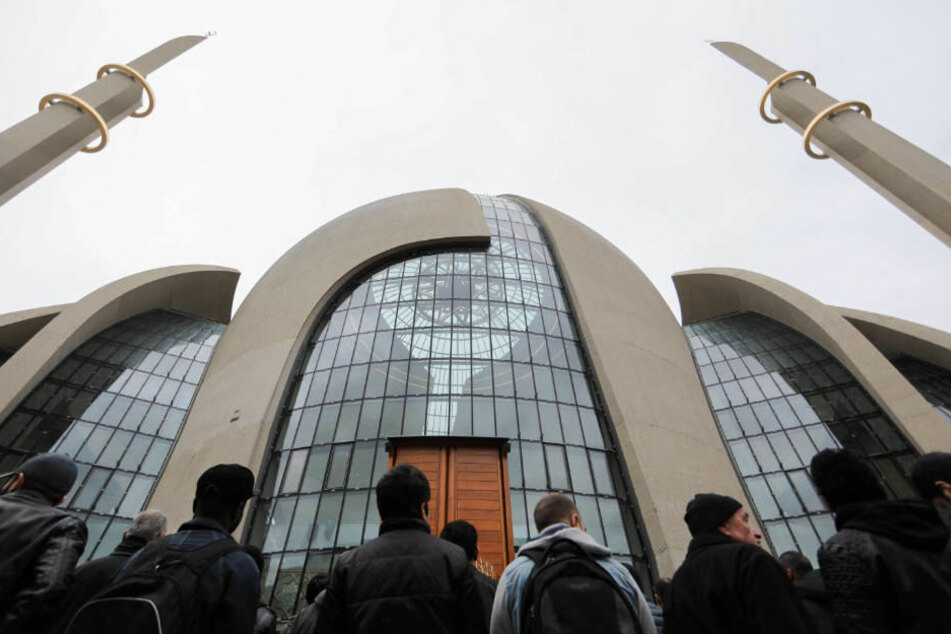 Tag der offenen Moschee: Zentrale Veranstaltung in Kölner Ditib-Moschee