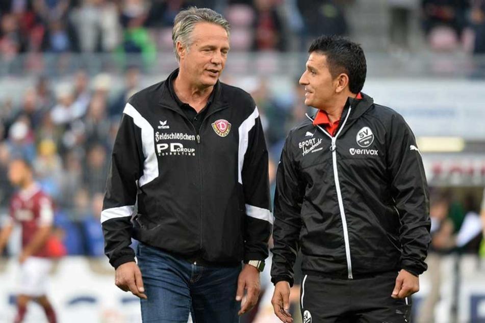 Dynamo-Trainer Uwe Neuhaus (li.) im Gespräch mit seinem Sandhauser Kollegen Kenan Kocak.