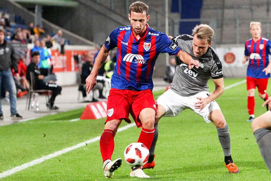 Manuel Konrad (l.) stand bislang 44 Mal für den KFC Uerdingen auf dem Platz.