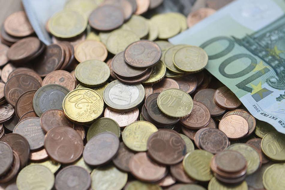 Eine Griechin raubte nur mit einem Zettel bewaffnet zwei Banken aus.