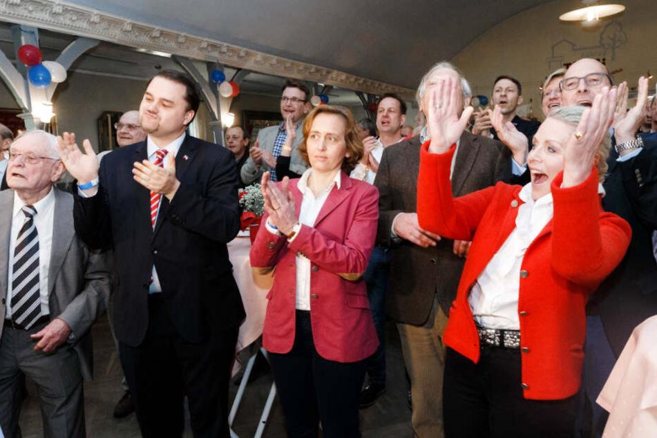 Da konnte sie noch jubeln: Doris von Sayn-Wittgenstein (rechts) bei Verkündung der Landtagswahlergebnisse im Mai 2017.