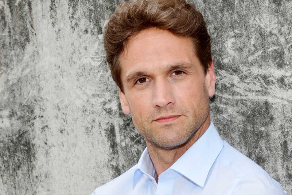 Der Schauspieler Oliver Franck lebt in Hamburg und ist Vater von Zwillingen.