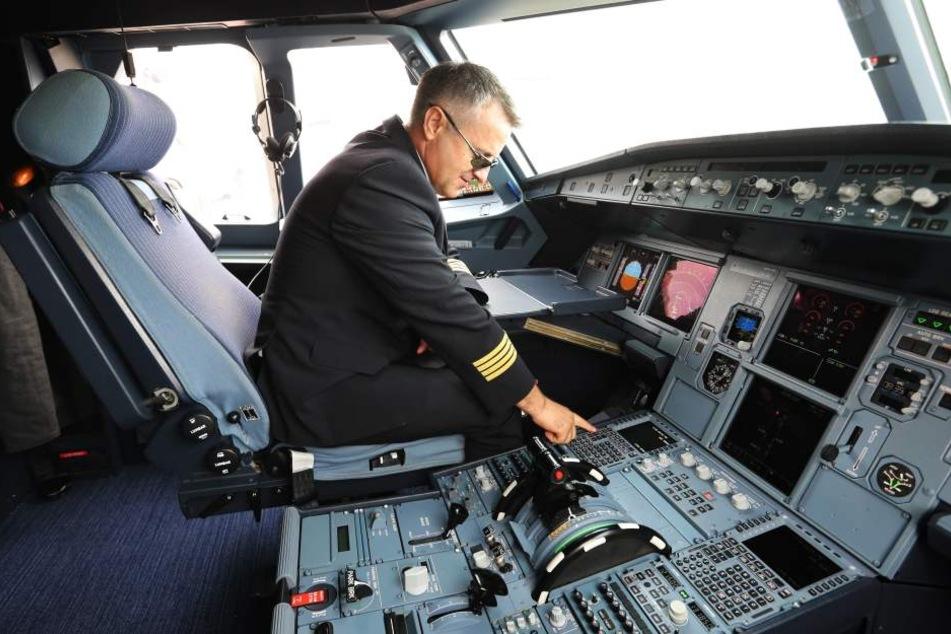 Sein Mega-Gehalt ließ sich der Pilot auf ein ausländisches Konto überweisen. In Deutschland bezog er zusätzlich HartzIV.