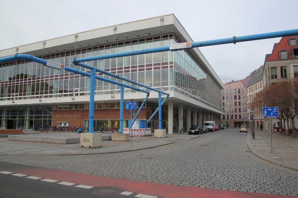 Von der Philharmonie kommt der Kompromiss-Vorschlag, an der Kulturpalast-Ecke zur Galeriestraße eine neue Taxi-Haltebucht einzurichten.