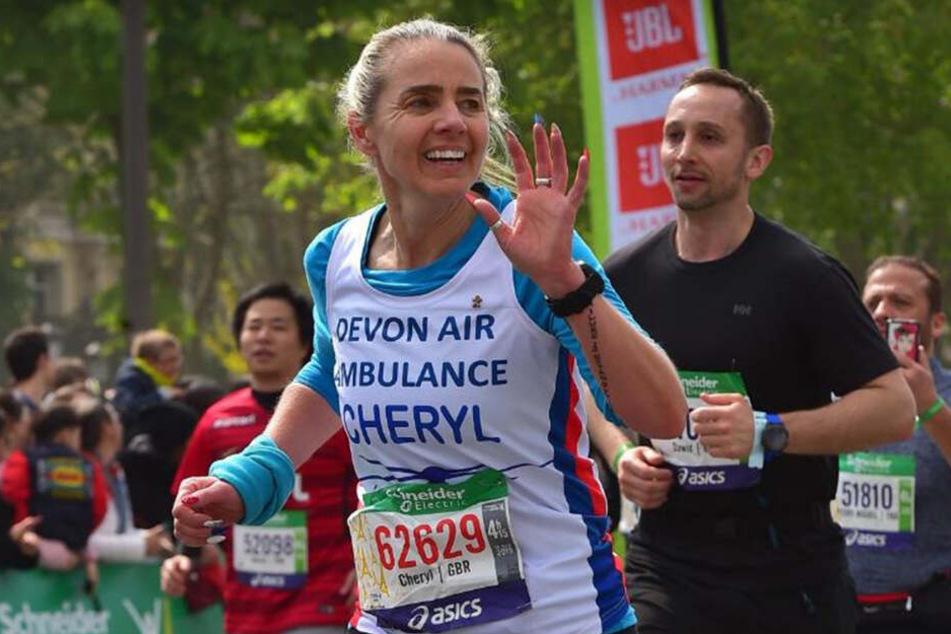 Cheryl Hoare (47) zog den Halbmarathon knallhart durch (Bild eines anderen Marathons).