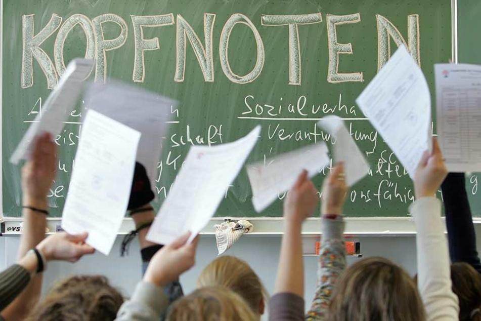 Schüler klagte: Kopfnoten im Zeugnis sind verfassungswidrig!