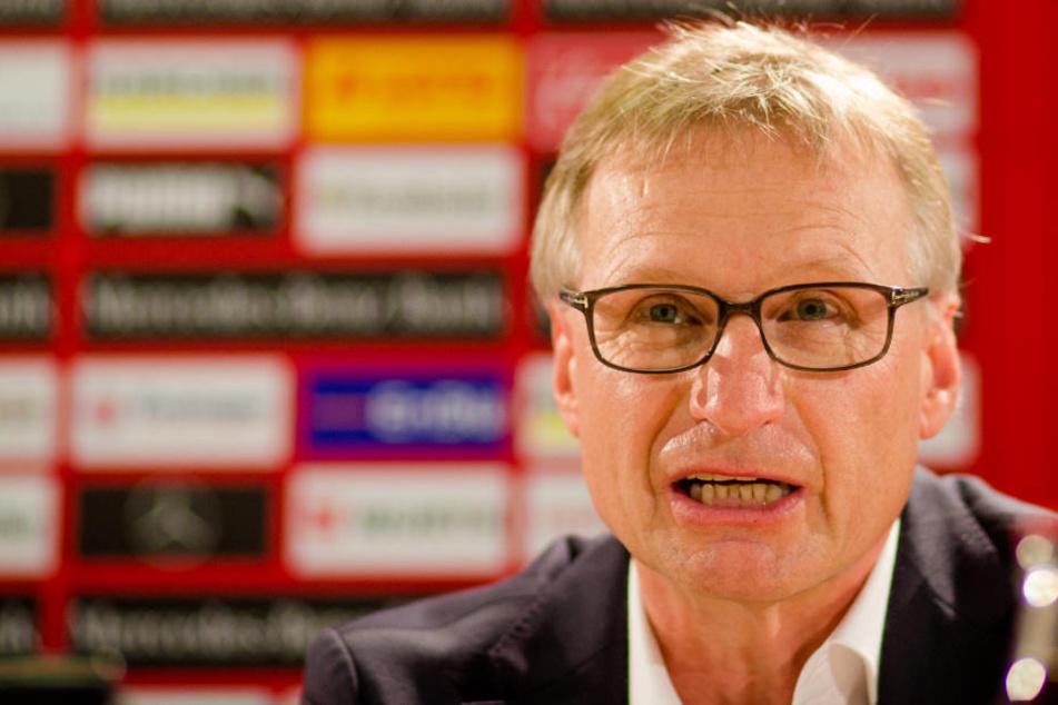 Nach Aussage des Sportvorstands Michael Reschke (Bild): Neuer VfB-Trainer bereits gegen den BVB auf der Trainerbank.