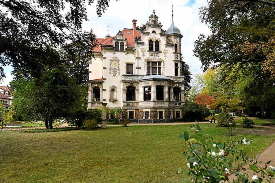 """Feiert gerade """"Silberhochzeit"""": die Villa Weigang an der Goetheallee."""