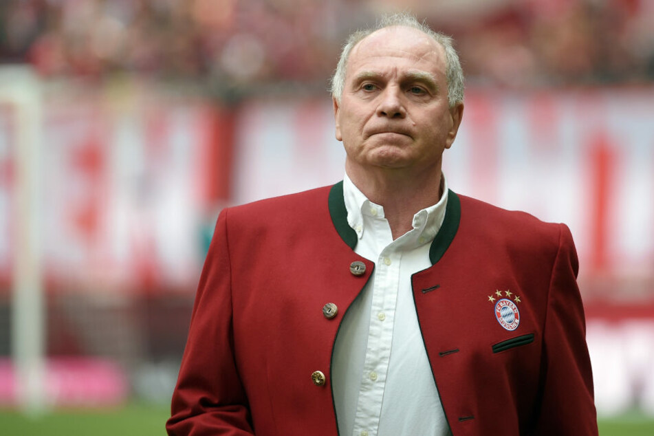 Fußballmanager Uli Hoeneß (64) hat im Gefängnis mehrere tausend Briefe erhalten.