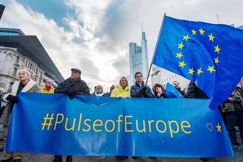 Die europafreundliche Bewegung Pulse of Europe will am Sonntag in Leipzig Fuß fassen.