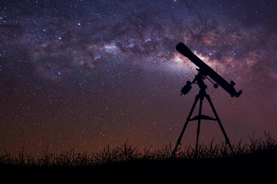 Mit speziellen Teleskopen können Interessierte den Brocken im November beobachten.