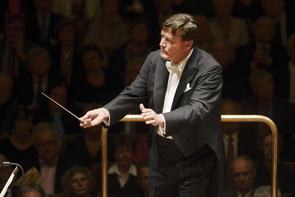 Wiener Philharmoniker - Dirigent Thielemann feiert Debüt bei Neujahrskonzert