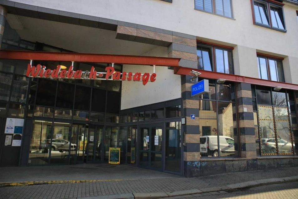 Die Polizeistelle Wiedebachpassage am Morgen nach der neuesten Attacke.