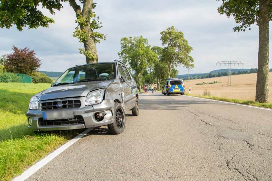 Der Motorradfahrer war beim Überholen mit dem Subaru zusammengeprallt.