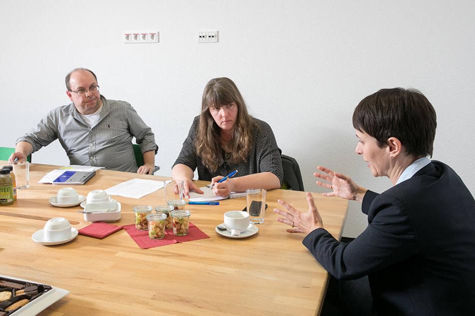 Frauke Petry im Gespräch mit den TAG24-Redakteuren Pia Lucchesi und Thomas Schmitt.