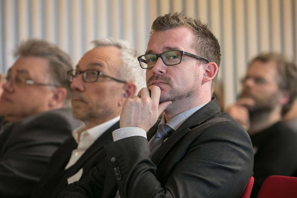 Bau-Bürgermeister Raoul Schmidt-Lamontain (40,  Grüne) stellte die Planungen vor.