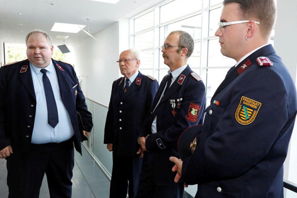 Kameraden der Chemnitzer Feuerwehr sagten am Montag als Zeugen aus.