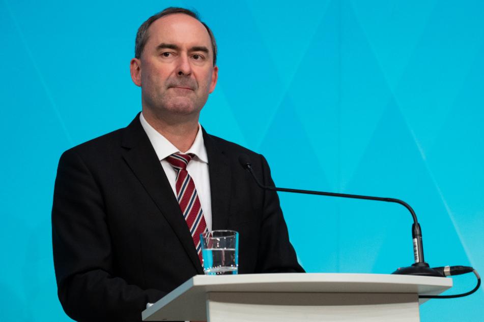 Hubert Aiwanger (Freie Wähler), Wirtschaftsminister von Bayern.