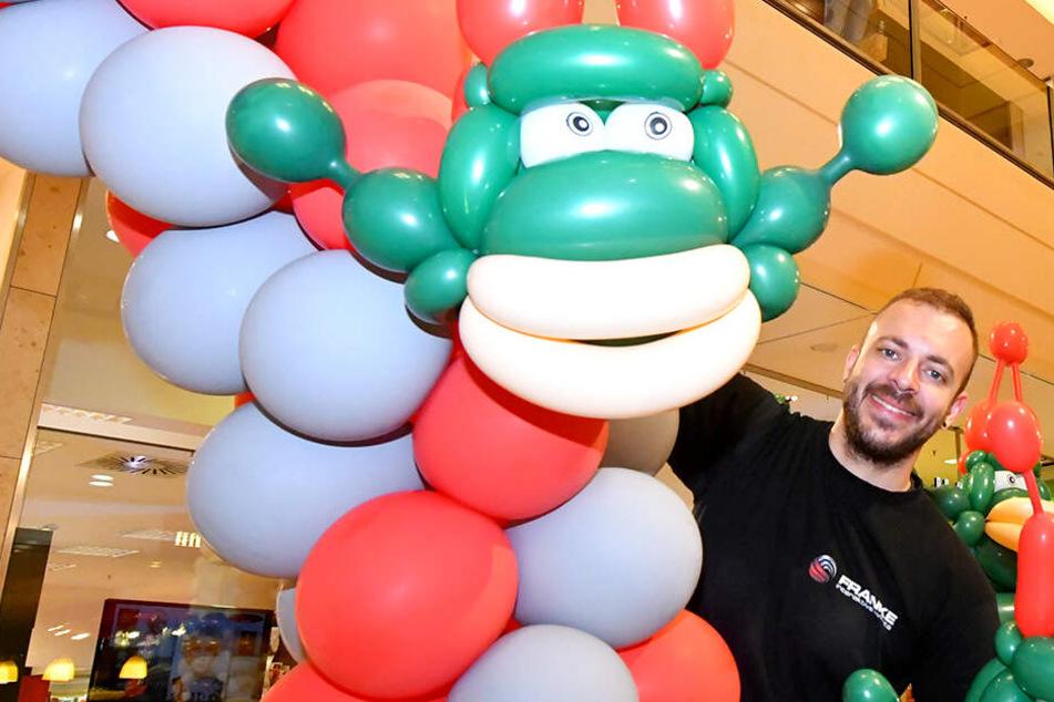 """""""Magische Ballonwelten"""": Aufgeblasene Kunst in der Altmarkt-Galerie"""