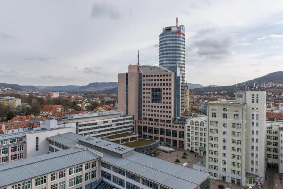 Teile der Friedrich-Schiller-Universität in der Jenaer Innenstadt.