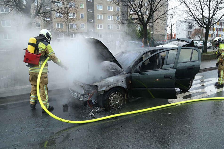 Die Feuerwehr brachte den Brand unter Kontrolle.