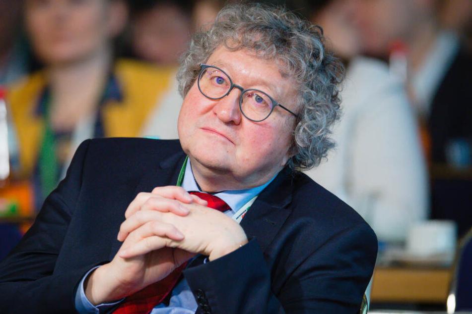 """Dresden: Patzelt erwägt juristische Schritte wegen """"Falschaussagen"""" gegen TU Dresden"""