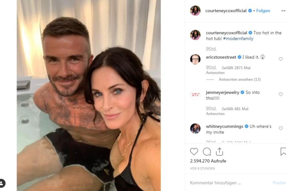 David Beckham (44) und Courteney Cox (55) im Whirlpool.
