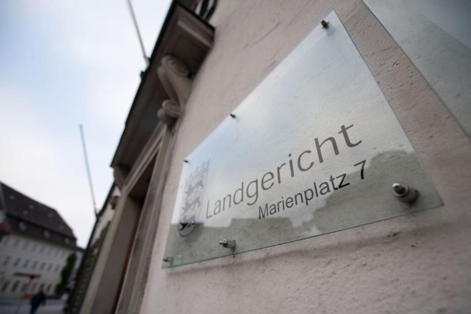 Der Prozess findet vor dem Landgericht Ravensburg statt.