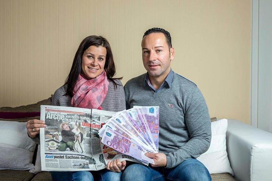 Romy (36) und Sebastian Mosch (39) aus Dresden lasen den MOPO-Artikel und machen jetzt 5000  Euro locker.