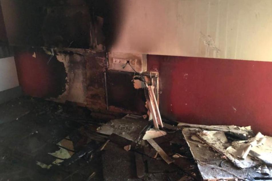 Das ganze Ausmaß des Feuers wurde erst nach den Löscharbeiten sichtbar.