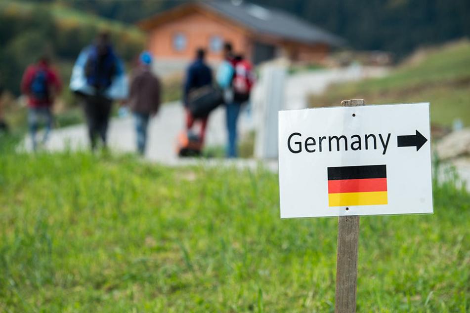 Julbach in Österreich: Flüchtlinge aus Syrien, nahe der deutschen Grenze.