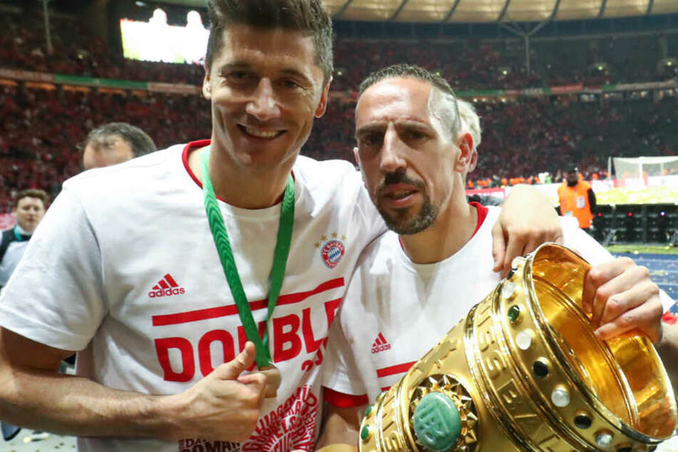 Robert Lewandowski (l.) und Franck Ribéry (r.) konnten das Double feiern.