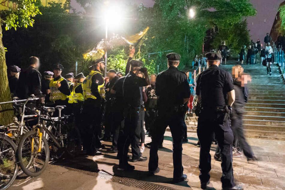 Die Polizei sieht die Balduintreppe als einen Schwerpunkt der Drogenkriminalität an (Archivbild).