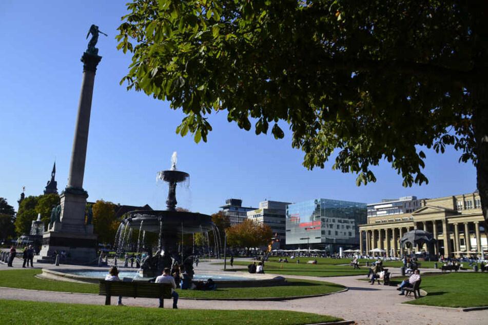Selbst im Herbst zieht es viele Menschen nach Stuttgart. Laut Statistik mehr als im Vorjahr.