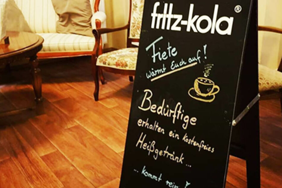 """Im Neustädter Café """"Fiete Behnersens v-cake"""" gibt es jetzt gratis Heißgetränke für Obdachlose."""