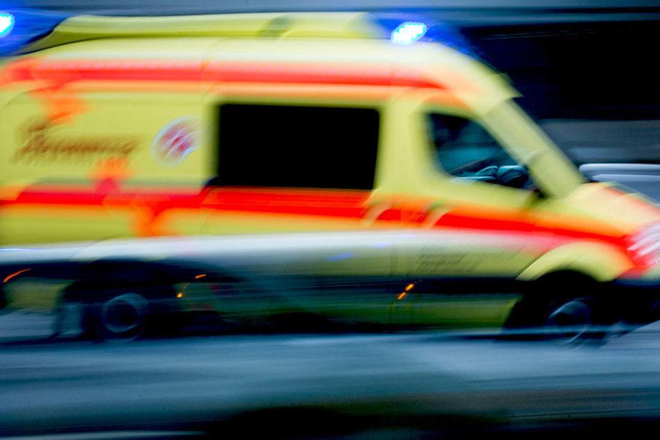 Ein Krankentransporter war an der Kollision beteiligt.