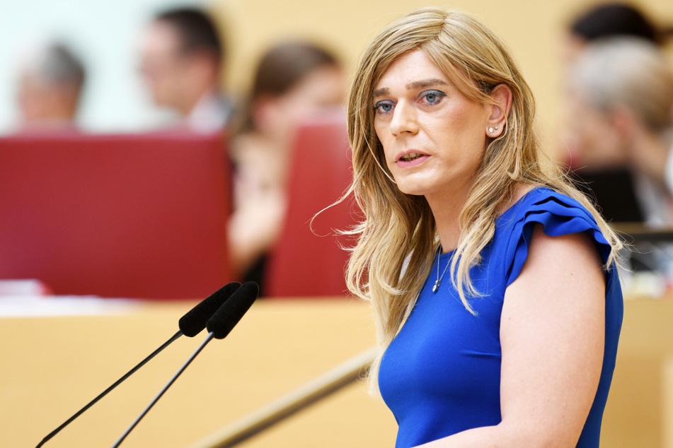 Tessa Ganserer (44, Grüne) sitzt seit 2013 im Landtag Bayerns. Im November 2018 outete sie sich öffentlich als transsexuell.