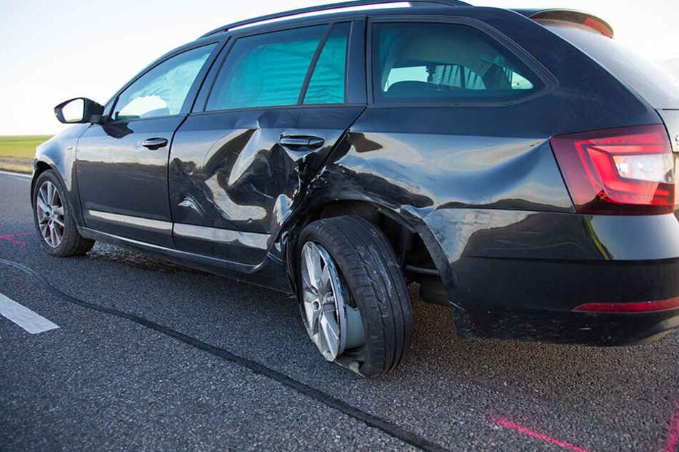 Der Skoda zog gerade raus, als der BMW am Überholen war.