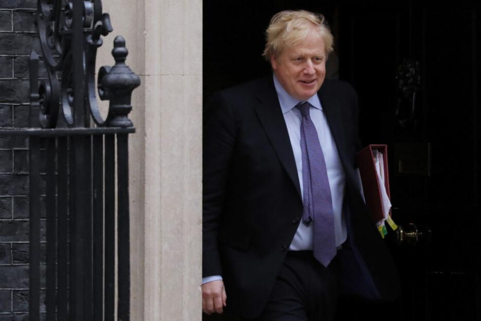 Boris Johnson, Premierminister von Großbritannien, macht sich von 10 Downing Street auf den Weg zum Unterhaus.