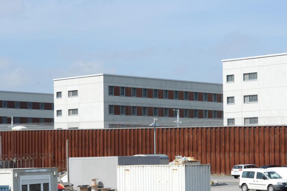 Die neuen Haftgebäude der JVA-Stammheim.