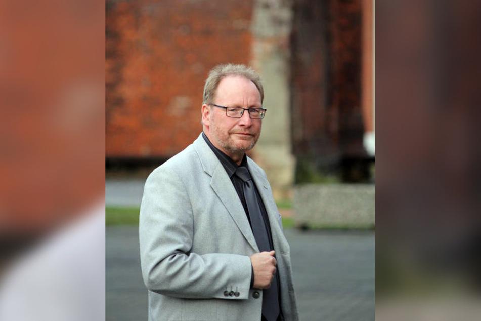 Friedrich Waldmann macht sich Sorgen um die steigende Respektlosigkeit von Häftlingen.