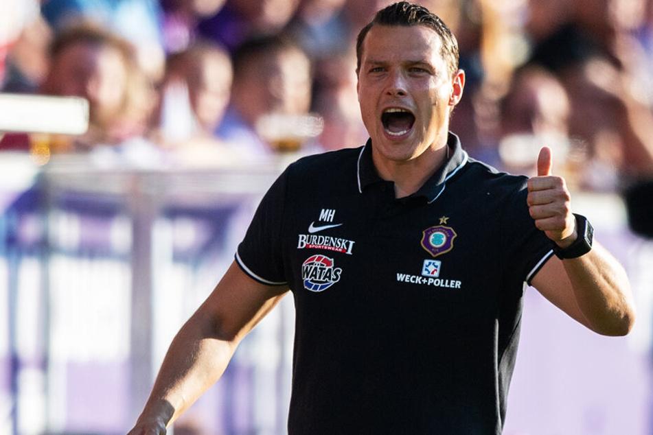 Daumen hoch vom Coach: Marc Hensel konnte mit der Leistung seines FCE zufrieden sein.