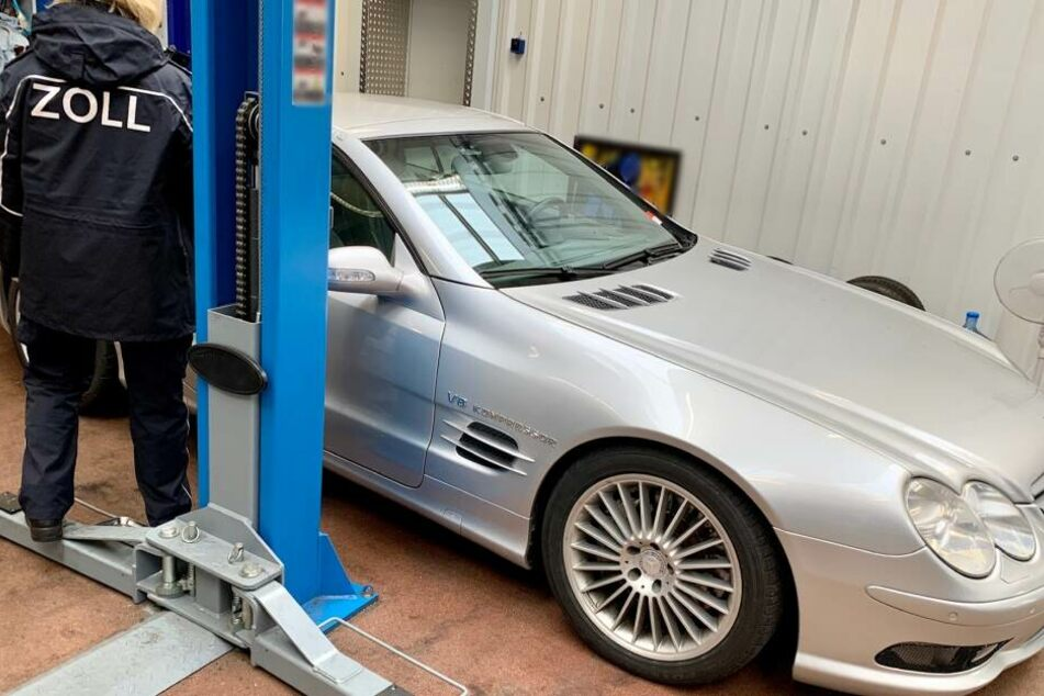 Luxusautos aus Russland eingeschmuggelt: Großrazzia im Rheinland