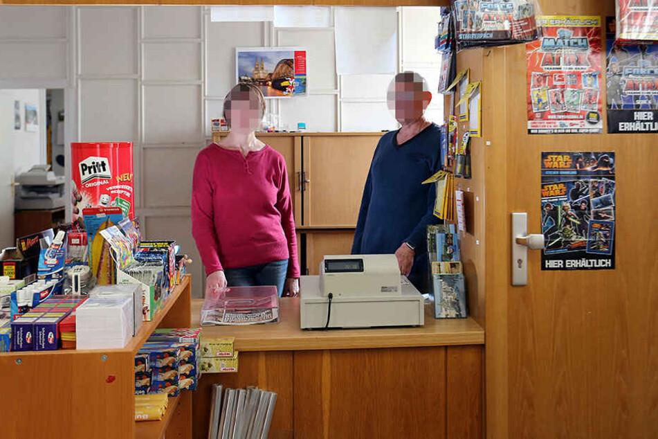 Die Postbank hatte den Vertrag mit dem Ehepaar W., den Betreibern der Grünaer Filiale, bereits nach dem Auftauchen der ersten Betrugsvorwürfe vor gut zwei Jahren fristlos gekündigt.