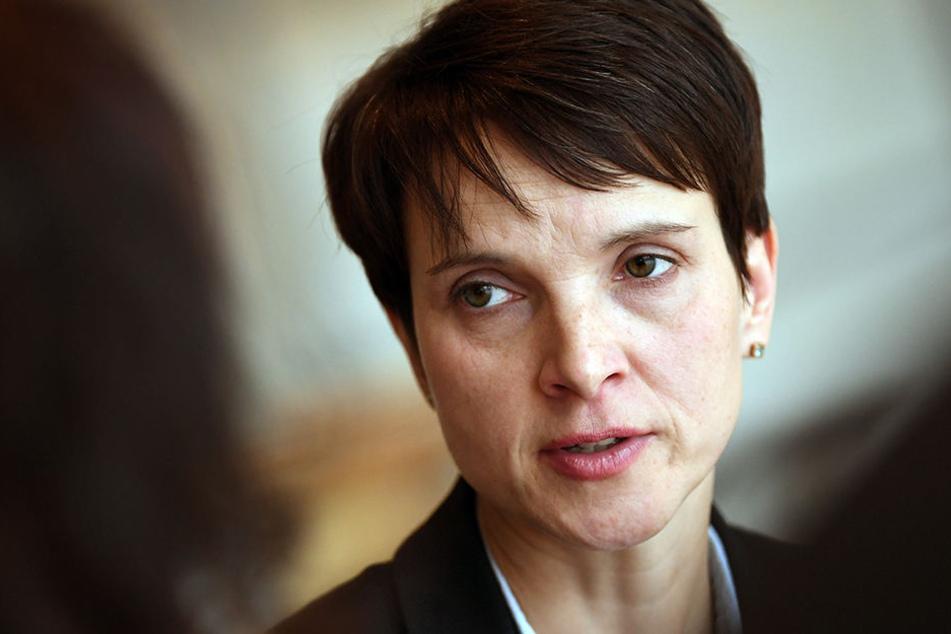 Die Afd verklagt ihre ehemalige Parteichefin Frauke Petry.