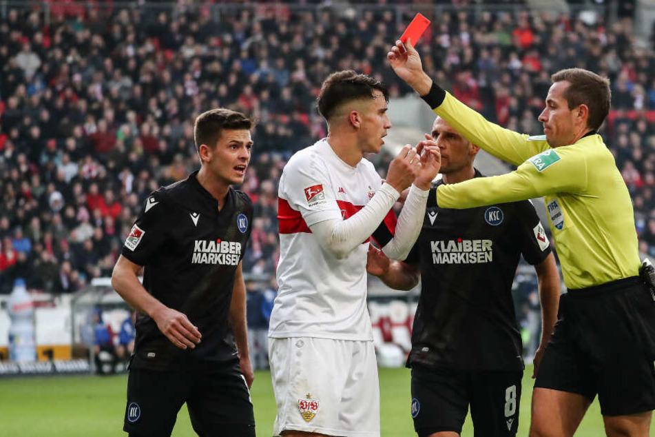 Marc Oliver Kempf sieht beim Spiel am Sonntag die rote Karte.