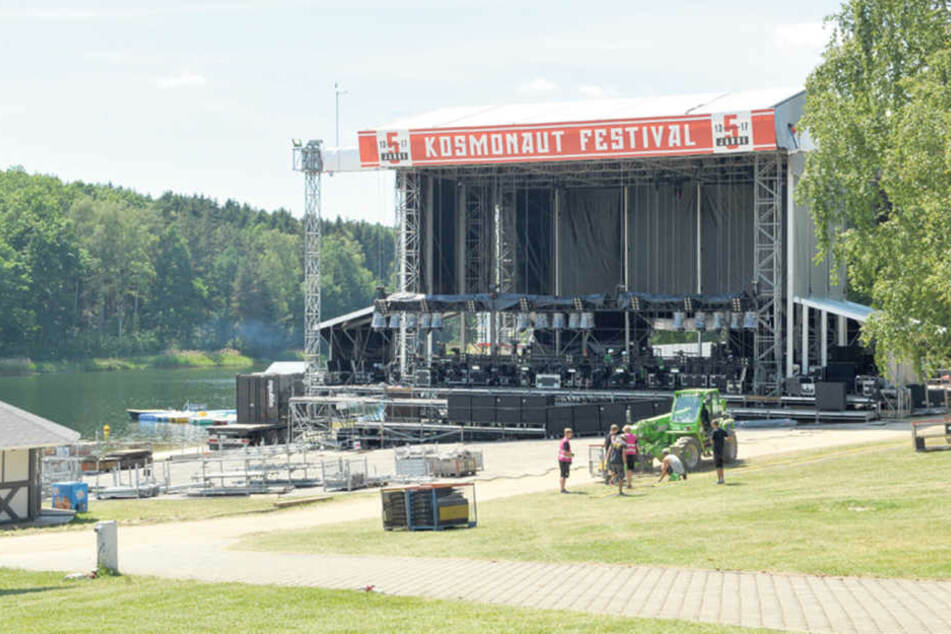 Der Countdown läuft, die Bühne wächst: Das Musikfestival Kosmonaut startet  heute.