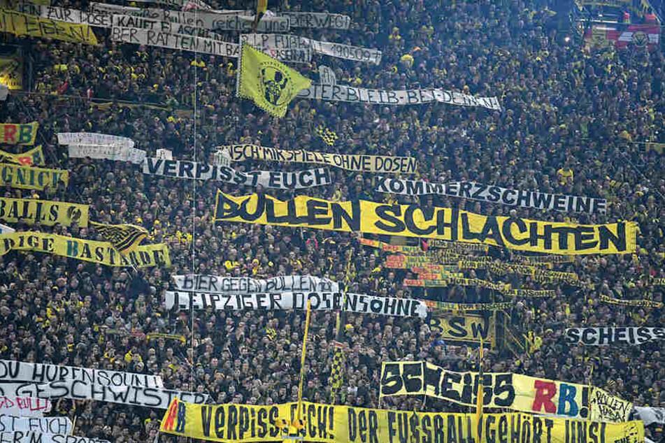 Verbal teilten die Dortmunder Fans ordentlich gegen den Verein RB Leipzig aus.