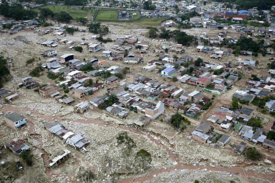 Insgesamt werden nach der schlimmen Schlamm- und Gerölllawine 314 Menschen vermisst.
